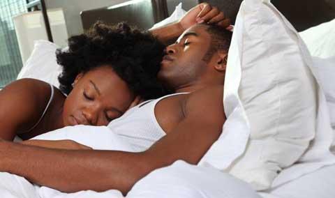 Une femme doit connaitre combien d'hommes avant le mariage?