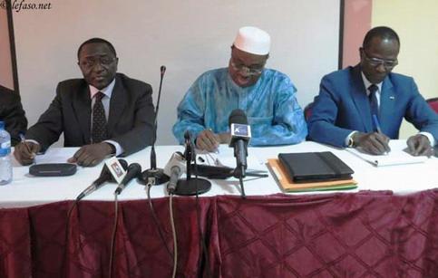 Propositions de dissolution de certaines formations  politiques: Les partis de l'ex-majorité présidentielle s'insurgent
