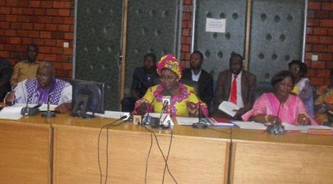 Activités des femmes et du secteur informel: un besoin de financement de 317 291 000 000 FCFA exprimé en 2014