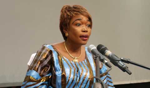 Bobo: Safiatou Lopez a lancé l'opération de délivrance d'extraits d'actes de naissance et de CNIB