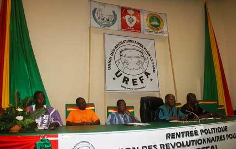 Rentrée politique de l'UREFA: les révolutionnaires avancent lentement mais surement vers les élections d'octobre 2015