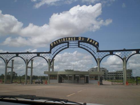 Les militaires dans l'histoire politique burkinabè: Au pays du rat et du serpent