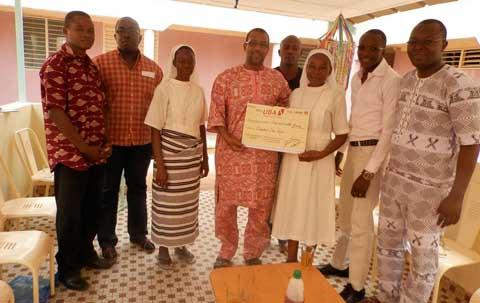 UBA/Bobo: La mutuelle des agents en aide à l'orphelinat Den kanu