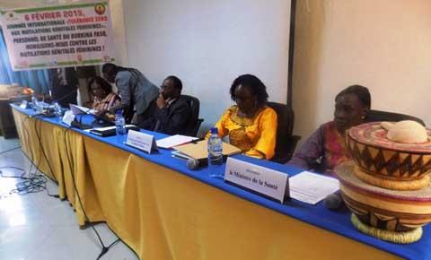 Journée contre les mutilations génitales féminines: L'UNFPA fait don de matériels roulants et informatiques au SP/CNLPE