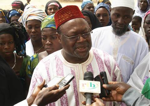 Le Faso Autrement à Tansablogo: Ablassé Ouédraogo appelle les populations à s'inscrire sur les listes électorales