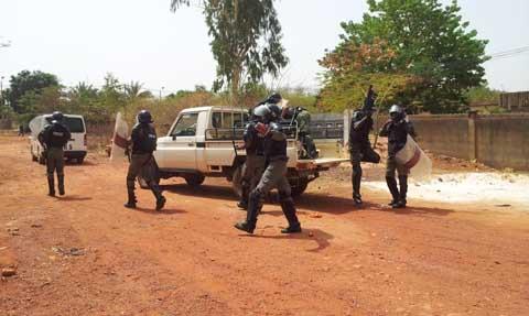 UNPCB: Les forces de l'ordre et de sécurité ont fini par faire usage du gaz lacrymogène