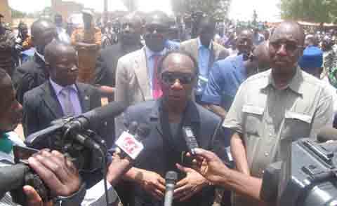 Koualou: Mobilisation massive des populations pour accueillir l'électricité