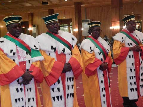 Conseil constitutionnel: Quatre nouveaux membres ont prêté serment