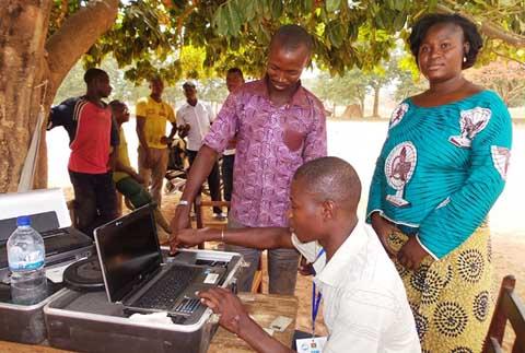 Enrôlement biométrique: un suivi-évaluation mené à Banfora