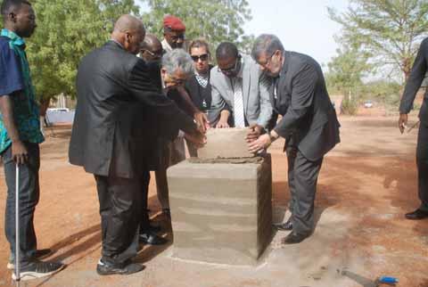 Victimes du crash du vol AH 5017 d'Air Algérie: Une stèle sera érigée à leur mémoire à la cité An 2 de Ouagadougou