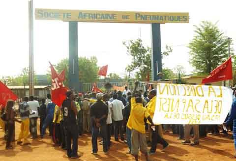 Bobo: L'Union d'action syndicale des Hauts-Bassins soutient les grévistes de SAP/Olympique