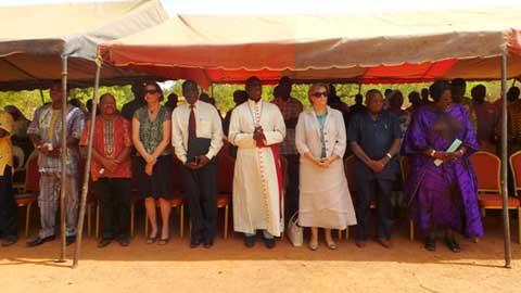 Lutte contre les maladies infectieuses et à virus Ebola: l'Eglise catholique lance un important projet d'exécution