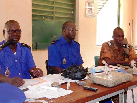 Consommation de stupéfiants et sécurité routière: La gendarmerie nationale sensibilise au Lycée Zinda
