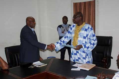Ministère de la recherche scientifique: Dr Badiori Ouattara installé dans ses fonctions de secrétaire général