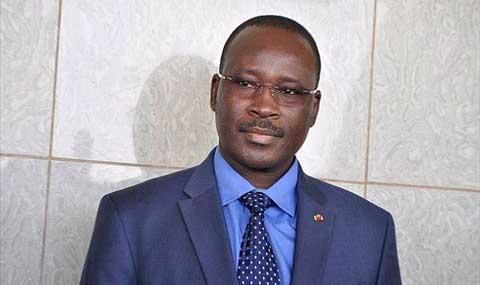 Le premier Y. Isaaac ZIDA au Bénin pour un symposium sur l'éducation à la paix.