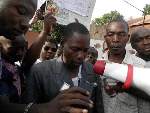 Bobo: Des jeunes de Sikasso-Cira ont marché contre des personnes soupçonnées d'homosexualité