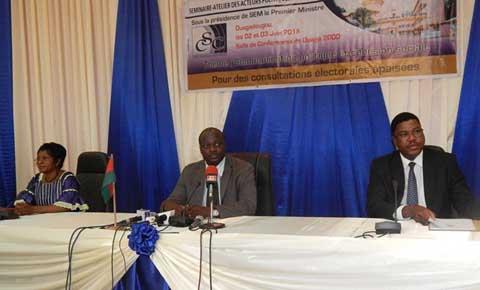 Elections d'octobre 2015: les acteurs invités à s'accorder sur les règles d'expression