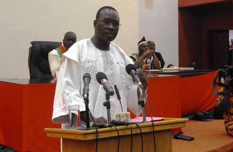 Yacouba Isaac Zida face aux députés du CNT: «Je connais les capacités du RSP, je confirme que nous en avons besoin»