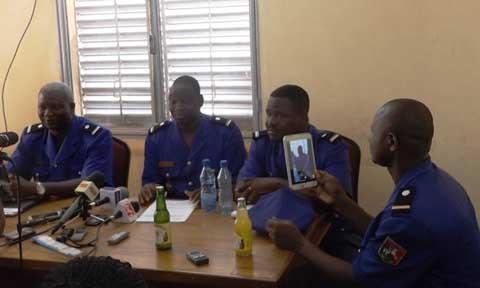 Boissons périmées: 2 501 bouteilles d'eau et de jus saisies par la gendarmerie