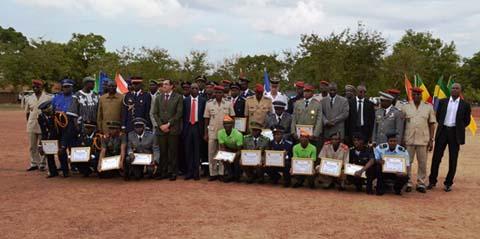 Formation initiale des officiers sapeurs-pompiers 2015: 24 soldats du feu désormais opérationnels