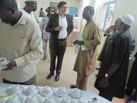 Ramadan: Rupture collective du jeûne avec l'ambassadeur de France au Burkina