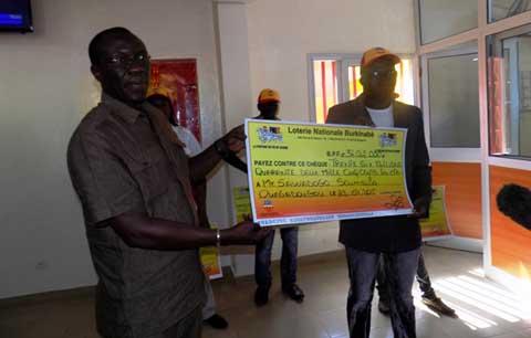 La LONAB a remis 95 846 000 fcfa à quatre lauréats