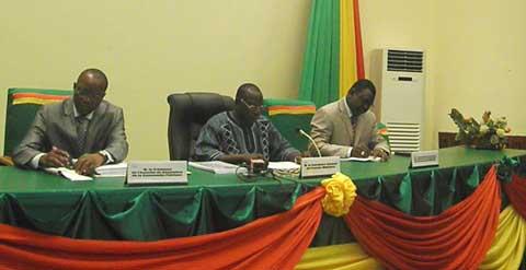Marchés publics des collectivités territoriales: Le rapport d'audit des gestions 2011 et 2012 sur la table des discussions