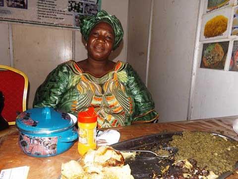 Madame Traoré née Lingani Assétou, transformatrice de produits locaux:   Son business, le «consommons ce que nous produisons»