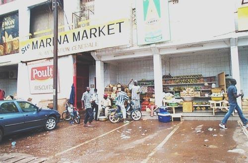 Humeur: Du racisme à Marina Market?