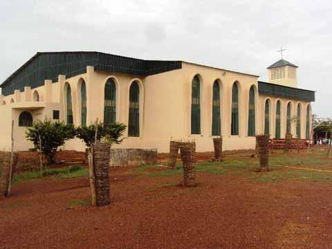 Assomption 2015 au Diocèse de Ouahigouya: Le Cardinal Philippe Ouédraogo dédicace l'église de Titao