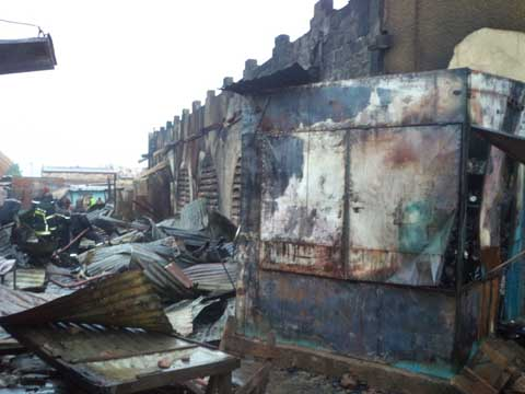 Grand marché de Banfora: Des boutiques parties en fumée