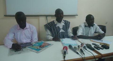 «Les autorités de la transition doivent prendre des décisions pour contrer la machine déclenchée au conseil constitutionnel» dixit Pascal Zaïda de la CNTR