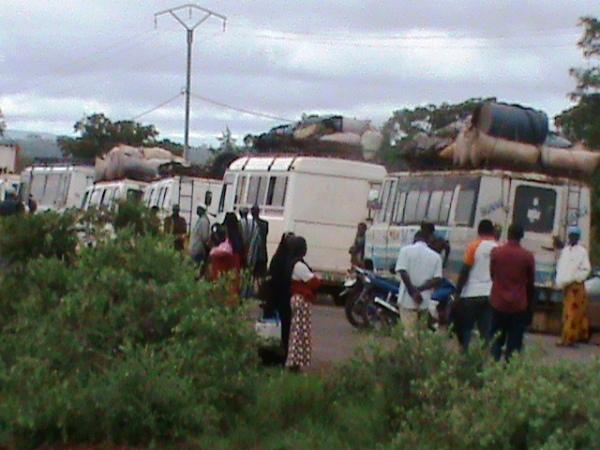 Camions maliens bloqués à Orodara: Le Gouvernement appelle au calme et à la retenue