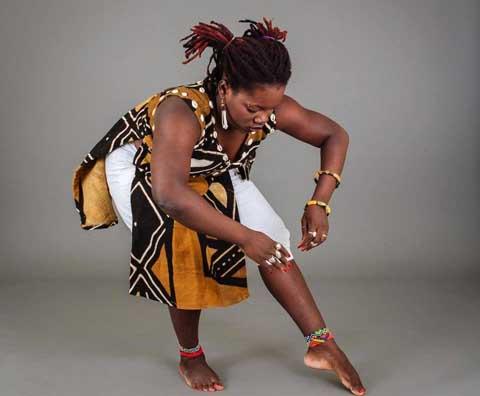 Aminata Sanou, danseuse chorégraphe:  «J'ai renoncé à mon BEPC pour représenter le Burkina à une rencontre de danse»