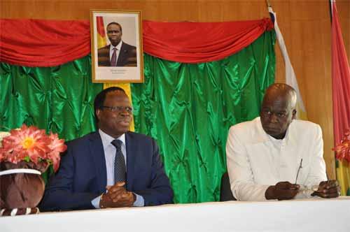 Le président du CNT à l'ambassade du Burkina Faso en France