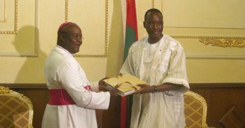 Commission de réconciliation nationale et des réformes: Le rapport transmis au chef du gouvernement, Isaac Yacouba Zida!