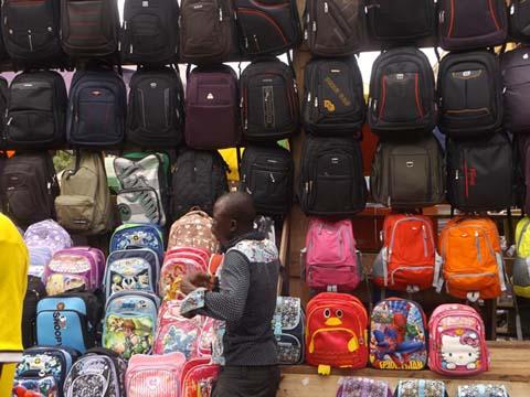 Préparatifs de la rentrée scolaire à Ouagadougou: Des stocks de fournitures scolaires difficiles à épuiser