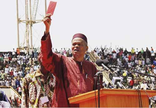 Burkina Yirwa rend hommage à Hama Arba DIALLO