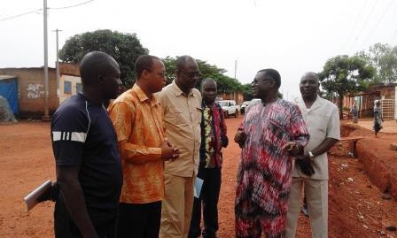 Bitumage des avenues Nelson Mandela et Ouezzin Coulibaly de Bobo- Dioulasso: les travaux retardés par la pluie