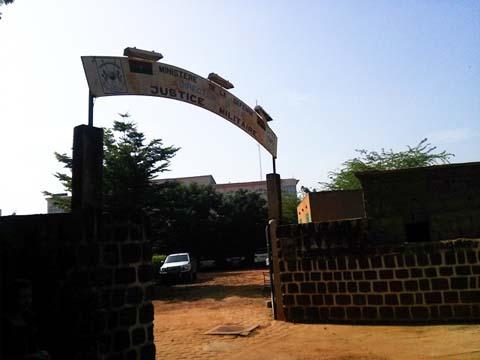 Dossier Thomas Sankara: Les résultats de l'autopsie doivent être confirmés par  des tests ADN