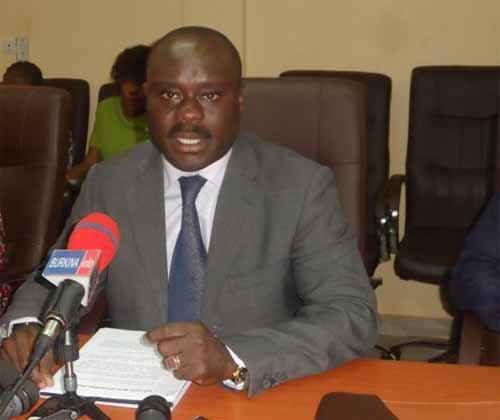 Crise au CENOU: Le Conseil d'administration réaffirme son soutien au Directeur général et appelle au dialogue