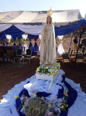 Notre Dame de Fatima reçoit les honneurs à Buugtenga.