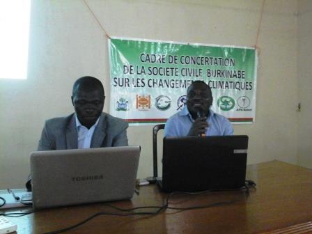 Bobo-Dioulasso: La Cop21 expliquée à des élèves et étudiants