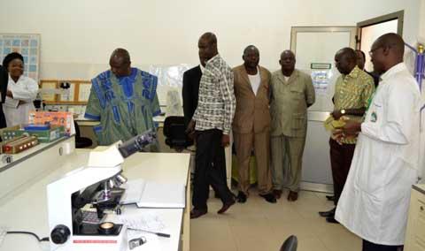 Recherche sur le paludisme: Le ministre Poda aux côtés des chercheurs