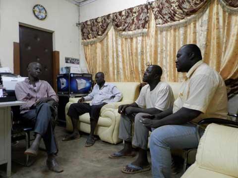 Bobo- Dioulasso: Echange tendu entre le directeur de la police municipale et des représentants des conducteurs de tricycles