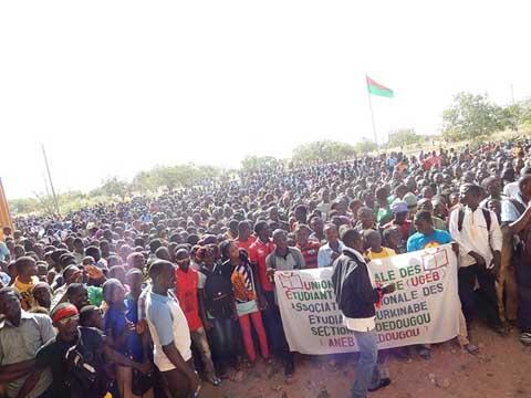 Grève à l'université de Dédougou: Des étudiants menacent de paralyser le système éducatif si rien n'est fait
