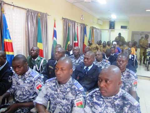 Ecole militaire technique de Ouagadougou: 19 stagiaires reçoivent leurs diplômes de fin de formation