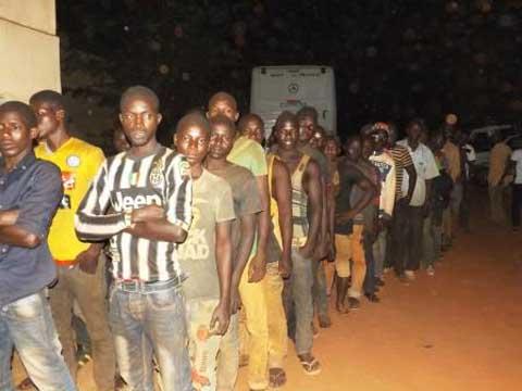 Bobo-Dioulasso: Le gouverneur accueille 237  Burkinabè rapatriés de Guinée-Conakry