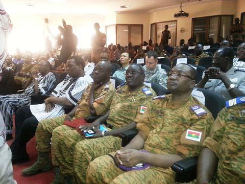 Forces Armées nationales: Vers une interdiction définitive du militaire en politique?