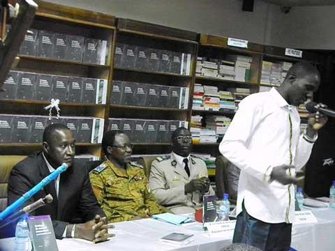 Sécurité économique: Le Capitaine Alain Sara livre le mode d'emploi dans un ouvrage